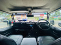 land-rover-defender-small-6