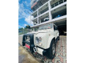 land-rover-defender-small-2